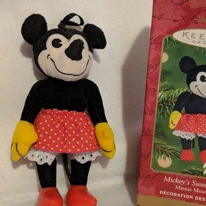 Minnie Mouse Plush Ornament 2001 Hallmark